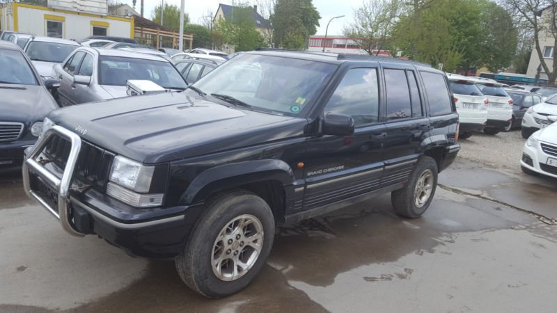 verkauft jeep grand cherokee 5 2 limit gebraucht 1995 km in bonn. Black Bedroom Furniture Sets. Home Design Ideas
