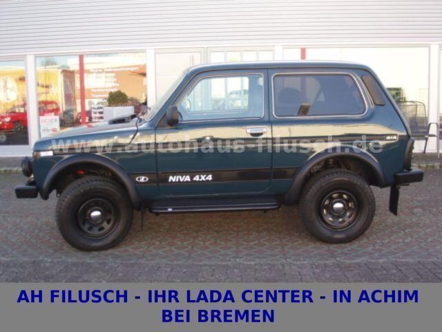 verkauft lada niva 4x4 5 t rer m 21 gebraucht 2011 17 km in. Black Bedroom Furniture Sets. Home Design Ideas