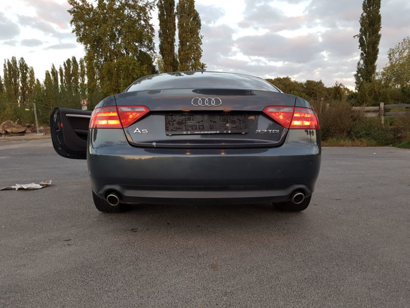 verkauft audi a5 2 7 tdi dpf multitron gebraucht 2009 km in eschweiler. Black Bedroom Furniture Sets. Home Design Ideas