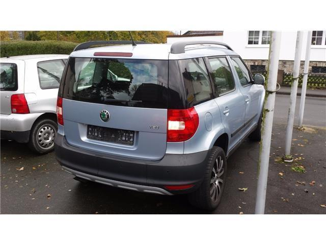 verkauft skoda yeti 1 2 tsi gebraucht 2009 km in batzhausen. Black Bedroom Furniture Sets. Home Design Ideas