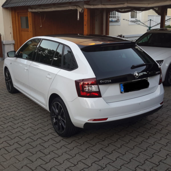 verkauft skoda rapid spaceback dsg sty gebraucht 2014 km in dresden. Black Bedroom Furniture Sets. Home Design Ideas