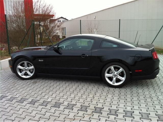 verkauft ford mustang gt gt premium gebraucht 2012 km in obertraubling. Black Bedroom Furniture Sets. Home Design Ideas