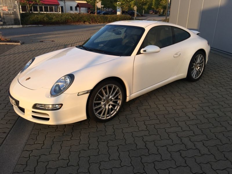 verkauft porsche 997 911 c2 ufrei dtfz gebraucht 2008 km in m nchen. Black Bedroom Furniture Sets. Home Design Ideas
