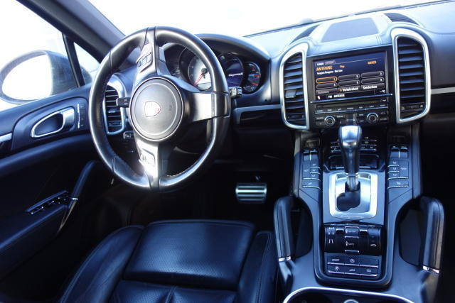 gebraucht 2012 porsche cayenne s 4 8 benzin 400 ps 94486 osterhofen autouncle. Black Bedroom Furniture Sets. Home Design Ideas