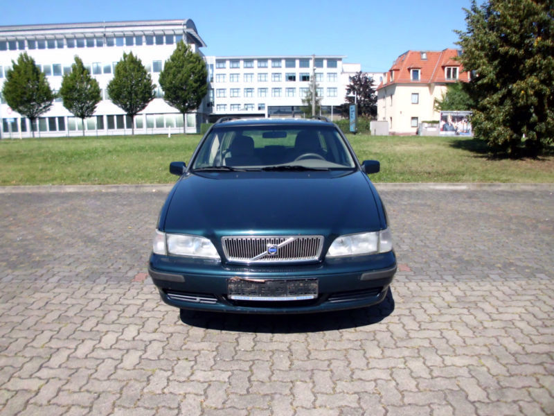 verkauft volvo v70 2 5 gebraucht 1999 km in dresden. Black Bedroom Furniture Sets. Home Design Ideas