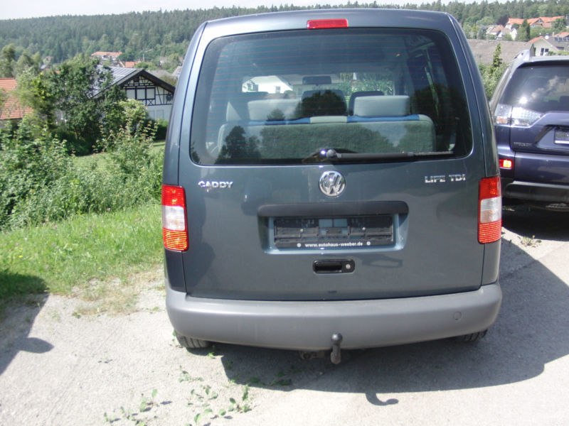 verkauft vw caddy life 1 9 tdi dpf 7 s gebraucht 2005 km in holzgerlingen. Black Bedroom Furniture Sets. Home Design Ideas