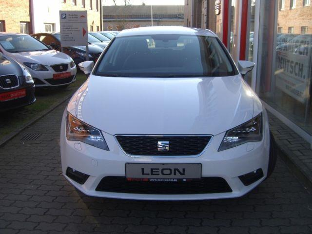verkauft seat leon style 1 2 tsi navi gebraucht 2016 km in hamburg. Black Bedroom Furniture Sets. Home Design Ideas