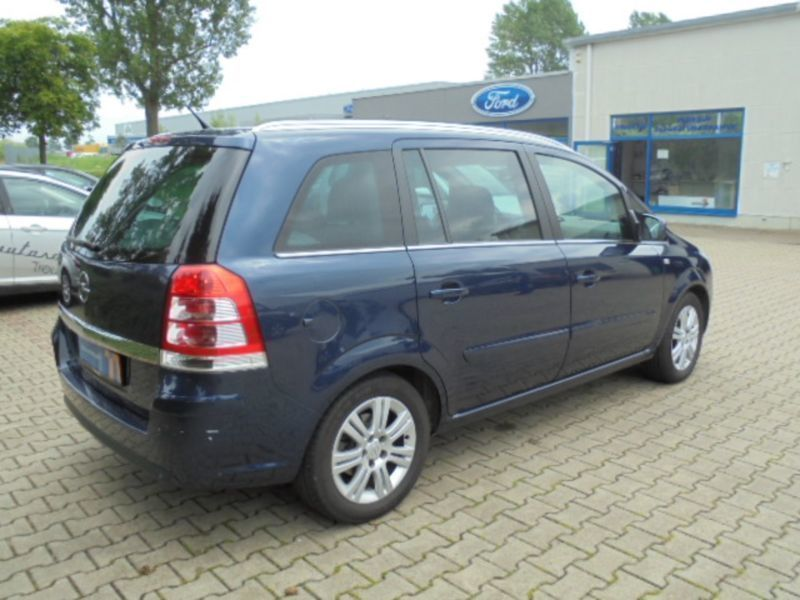 verkauft opel zafira b family plus gebraucht 2012 km in treuen. Black Bedroom Furniture Sets. Home Design Ideas