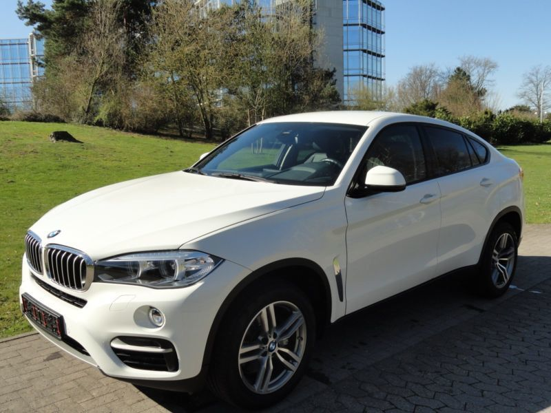 verkauft bmw x6 xdrive40d kamera stand gebraucht 2015. Black Bedroom Furniture Sets. Home Design Ideas