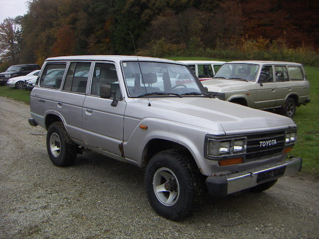 verkauft toyota land cruiser hj 61 gebraucht 1988 km in zeilarn. Black Bedroom Furniture Sets. Home Design Ideas