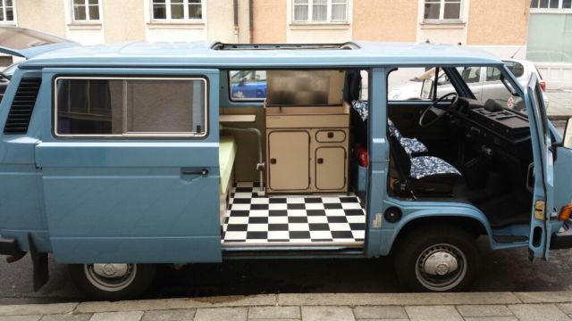 verkauft vw t3 mit campingausstattung gebraucht 1993 km in m nchen. Black Bedroom Furniture Sets. Home Design Ideas