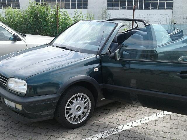 verkauft vw golf cabriolet cabrio 1 8 gebraucht 1994 km in frankfurt am main. Black Bedroom Furniture Sets. Home Design Ideas