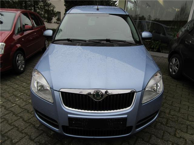 gebraucht style 1 4 euro 4 climatic hu 10 18 skoda roomster 2008 km in gefrees. Black Bedroom Furniture Sets. Home Design Ideas