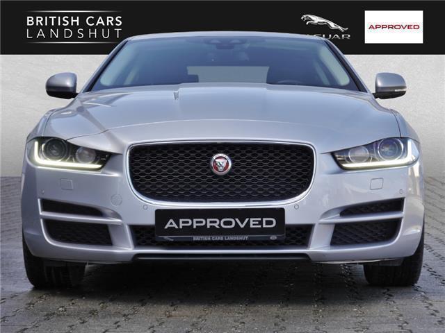 verkauft jaguar xe 20d aut prestige gebraucht 2016 16. Black Bedroom Furniture Sets. Home Design Ideas