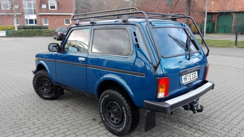 verkauft lada niva pick up 4x4 b gebraucht 2015 15 km in beerfelden gamme. Black Bedroom Furniture Sets. Home Design Ideas