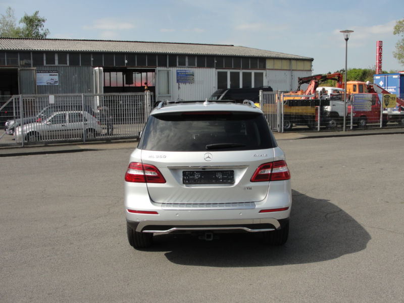 verkauft mercedes ml350 4matic blueef gebraucht 2015 km in k ln. Black Bedroom Furniture Sets. Home Design Ideas