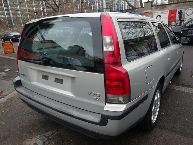 verkauft volvo v70 d5 gebraucht 2003 km in berlin. Black Bedroom Furniture Sets. Home Design Ideas