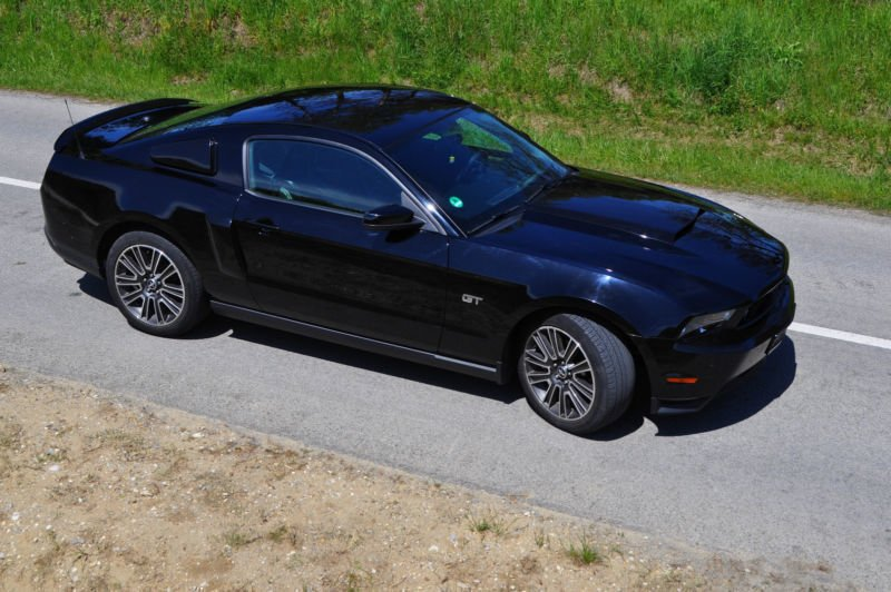 verkauft ford mustang v8 gebraucht 2009 km in. Black Bedroom Furniture Sets. Home Design Ideas