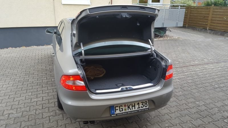 verkauft skoda superb 1 8 tsi ambition gebraucht 2010 31. Black Bedroom Furniture Sets. Home Design Ideas