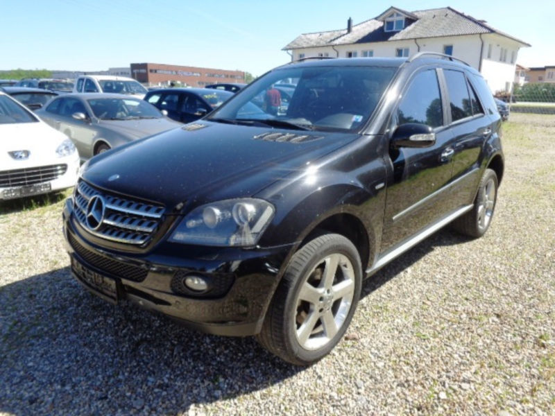 verkauft mercedes ml350 4matic 7g tron gebraucht 2008 km in m nchen. Black Bedroom Furniture Sets. Home Design Ideas