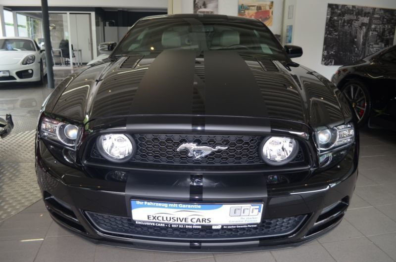 verkauft ford mustang gt 5 0 v8 gebraucht 2014 km. Black Bedroom Furniture Sets. Home Design Ideas