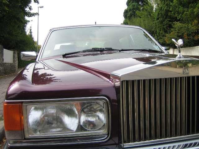 9 gebrauchte rolls royce silver spur rolls royce silver spur gebrauchtwagen. Black Bedroom Furniture Sets. Home Design Ideas