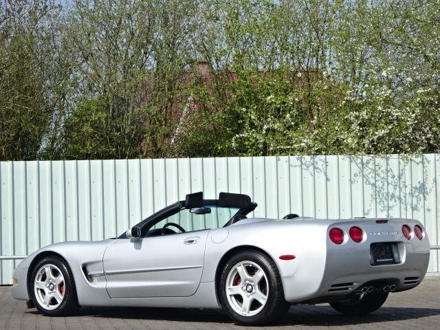 verkauft corvette c5 253 kw cabrio led gebraucht 2004. Black Bedroom Furniture Sets. Home Design Ideas