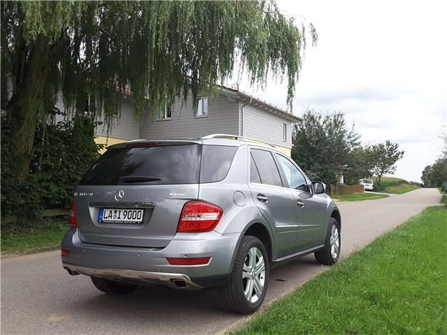 verkauft mercedes ml300 ml 300 m klass gebraucht 2009 km in wolfratshausen m. Black Bedroom Furniture Sets. Home Design Ideas