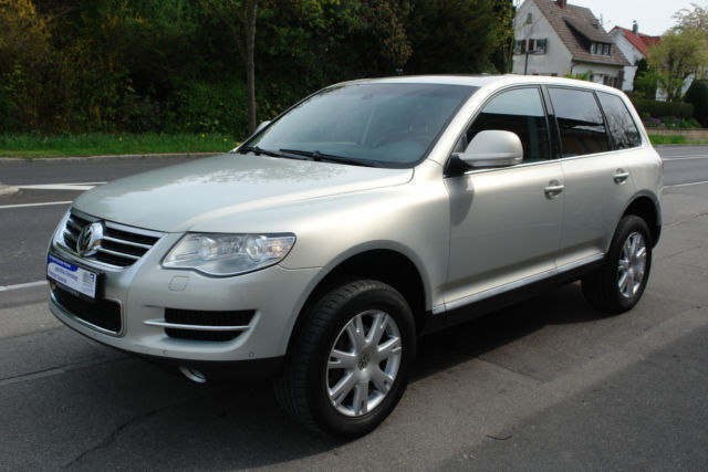 verkauft vw touareg v6 ahk navi gebraucht 2008 km in markdorf. Black Bedroom Furniture Sets. Home Design Ideas