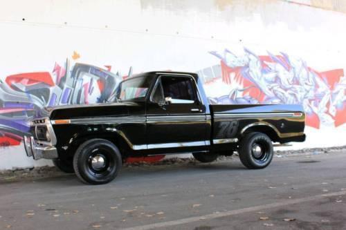 verkauft ford v8 f 100 kein 150 pickup gebraucht 1976 1. Black Bedroom Furniture Sets. Home Design Ideas