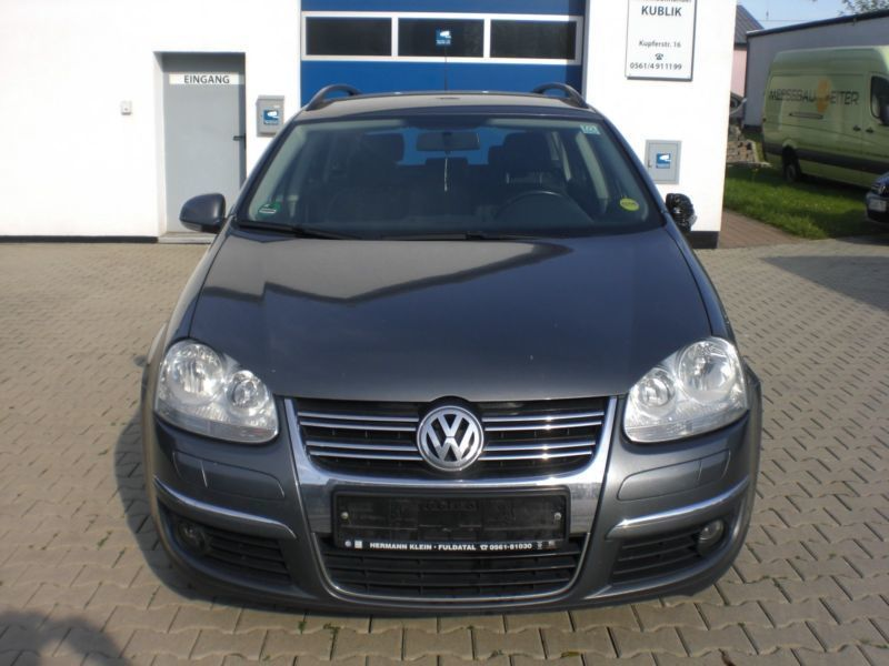 verkauft vw golf v variant comfortline gebraucht 2008 km in baunatal. Black Bedroom Furniture Sets. Home Design Ideas