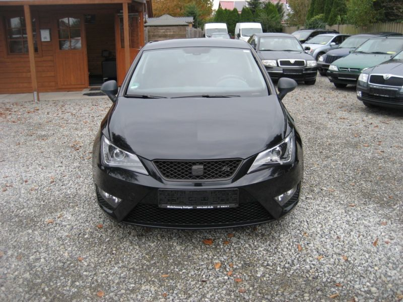 verkauft seat ibiza 1 2 fr gebraucht 2012 km in. Black Bedroom Furniture Sets. Home Design Ideas