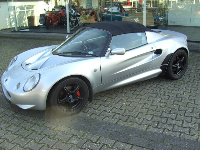 verkauft lotus elise sport custom gebraucht 1999 km in. Black Bedroom Furniture Sets. Home Design Ideas
