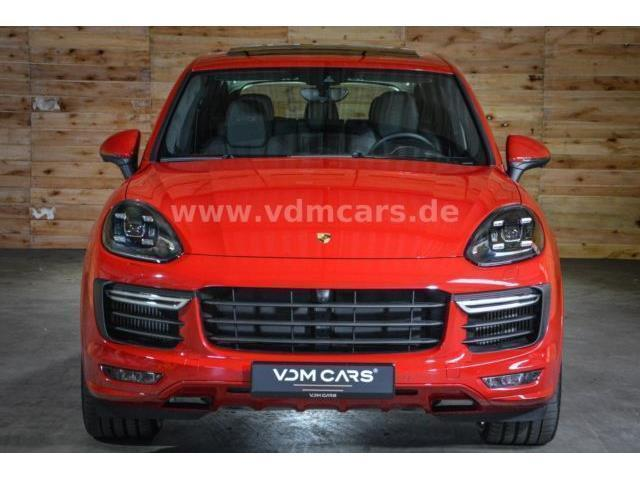 gebrauchte porsche cayenne series porsche cayenne series gebrauchtwagen. Black Bedroom Furniture Sets. Home Design Ideas