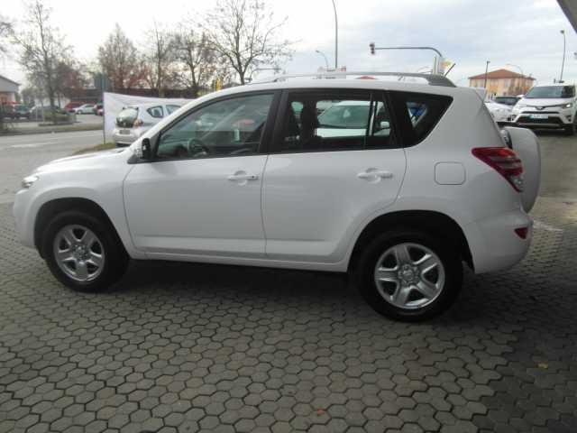 verkauft toyota rav4 2 0 4x2 valvemati gebraucht 2011 km in sottrum. Black Bedroom Furniture Sets. Home Design Ideas