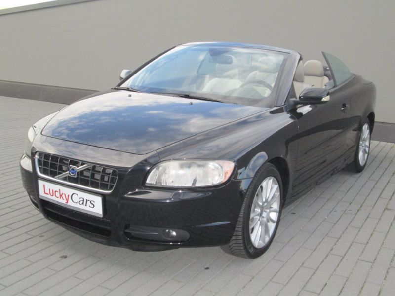 verkauft volvo c70 cabriolet d5 summum gebraucht 2006. Black Bedroom Furniture Sets. Home Design Ideas