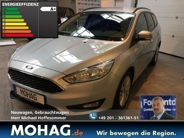 gebraucht turnier business edition navi klima winterpaket ford focus 2016 km in essen. Black Bedroom Furniture Sets. Home Design Ideas
