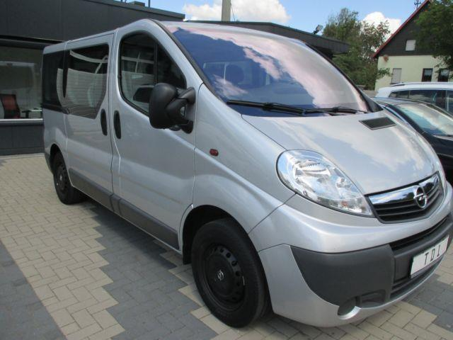 verkauft opel vivaro combi kombi l1h1 gebraucht 2012 km in riegelsberg. Black Bedroom Furniture Sets. Home Design Ideas