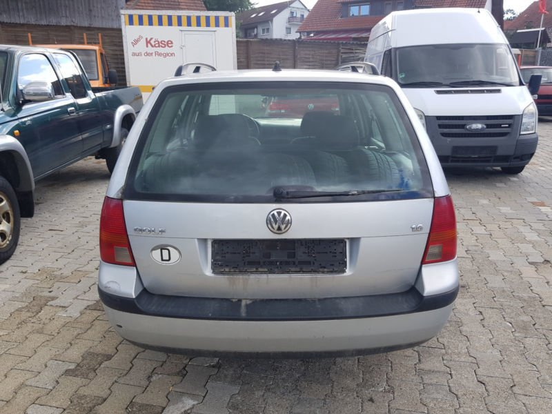 verkauft vw golf iv variant comfortline gebraucht 2000 km in achstetten. Black Bedroom Furniture Sets. Home Design Ideas