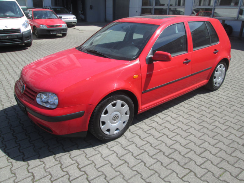 verkauft vw golf iv 4 comfortline gebraucht 1998 km in frankfurt am main. Black Bedroom Furniture Sets. Home Design Ideas