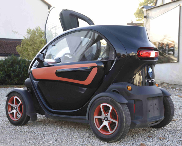 verkauft renault twizy ohne batterie gebraucht 2012 km in hilgertshausen. Black Bedroom Furniture Sets. Home Design Ideas