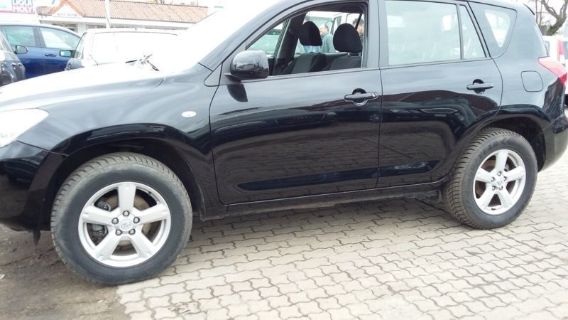 verkauft toyota rav4 sol gebraucht 2006 km in rastede. Black Bedroom Furniture Sets. Home Design Ideas