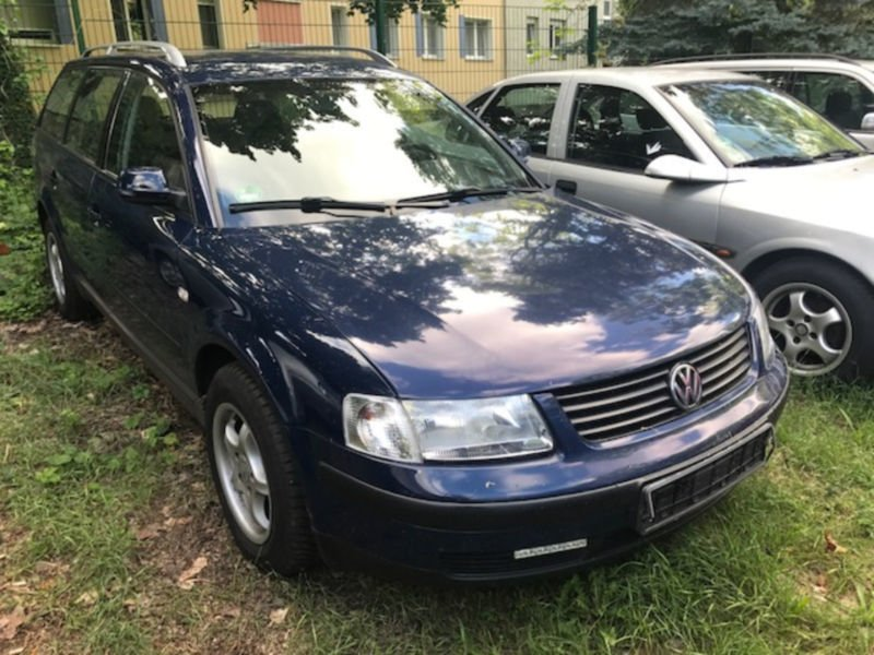 verkauft vw passat variant comfortline gebraucht 1998 km in berlin. Black Bedroom Furniture Sets. Home Design Ideas