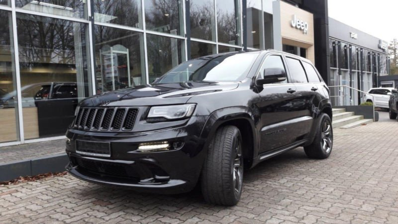 gebraucht srt red vapor jeep grand cherokee 2015 km in bocholt. Black Bedroom Furniture Sets. Home Design Ideas