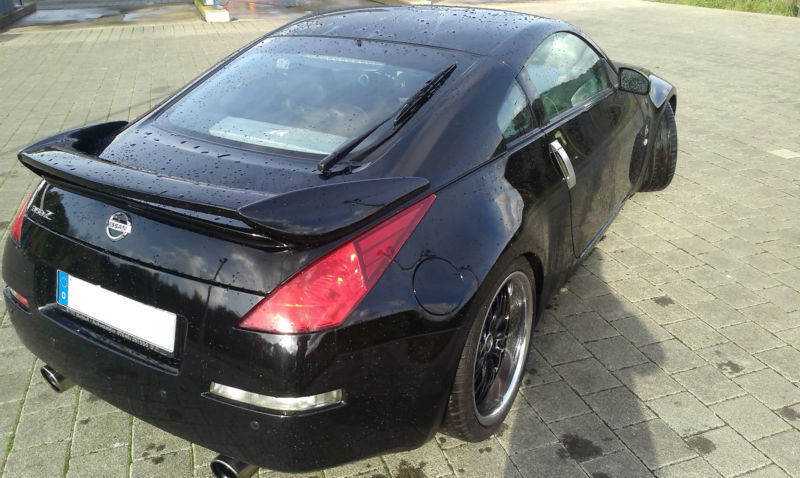 verkauft nissan 350z gebraucht 2006 km in schwalbach elm. Black Bedroom Furniture Sets. Home Design Ideas