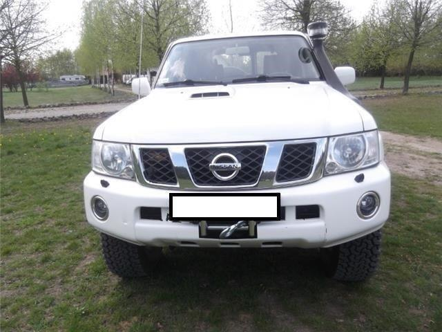 verkauft nissan patrol gr 3 0 di comfo gebraucht 2004 km in wahlrod. Black Bedroom Furniture Sets. Home Design Ideas