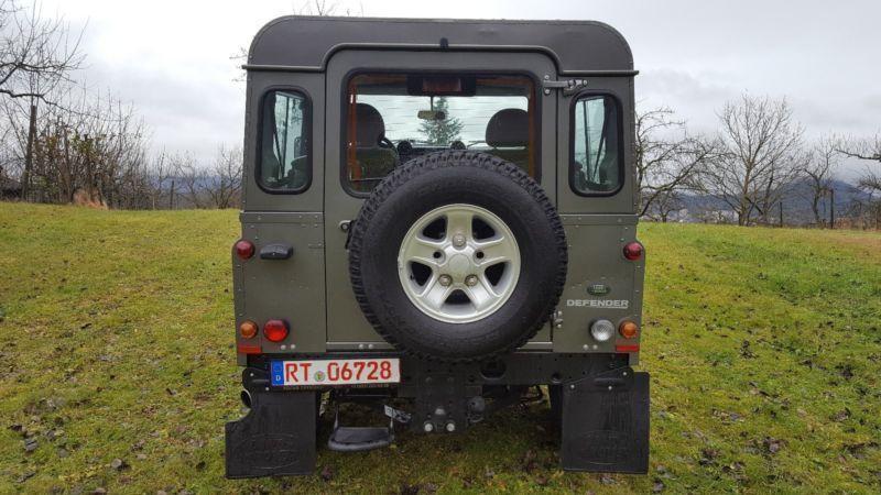 verkauft land rover defender 90 hard t gebraucht 2011. Black Bedroom Furniture Sets. Home Design Ideas