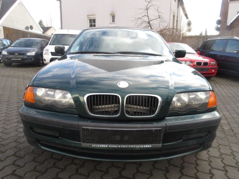 gebraucht baureihe 3 touring d bmw 320 2000 km in saarlouis. Black Bedroom Furniture Sets. Home Design Ideas
