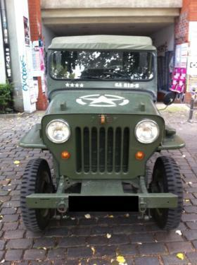verkauft jeep willys 6 sitzer gebraucht 1955 km in kreuzberg. Black Bedroom Furniture Sets. Home Design Ideas