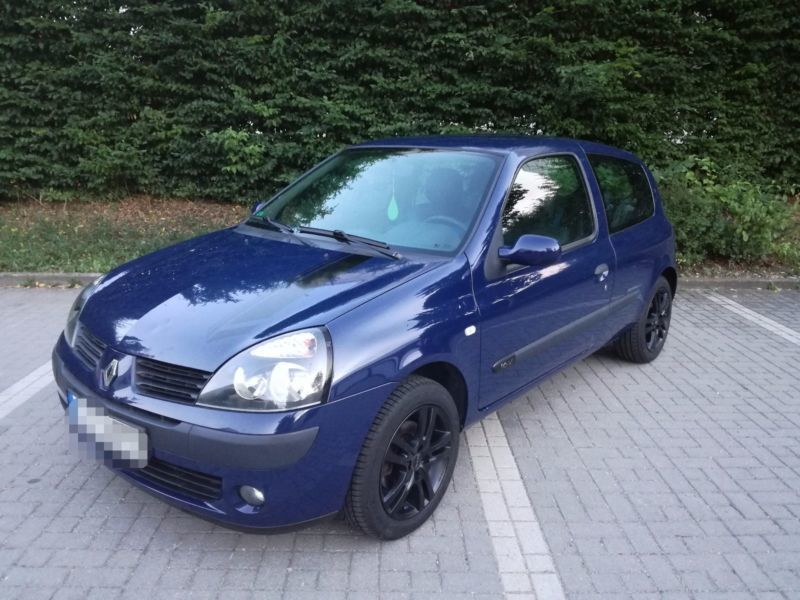 verkauft renault clio 1 2 16v extreme gebraucht 2005 km in berlin charlott. Black Bedroom Furniture Sets. Home Design Ideas